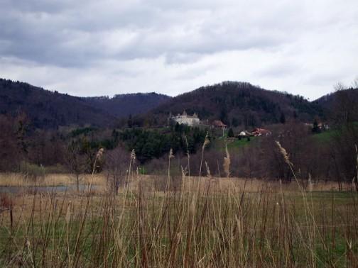 L'étang vert et le château