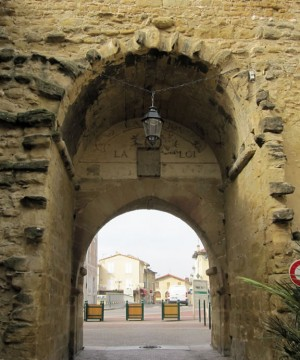 Chabeuil - Porte