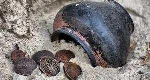 Urne - Trésor - Monnaies