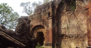 Ruinas de la Iglesia de Tacuba - Le trésor aztèque de Montezuma