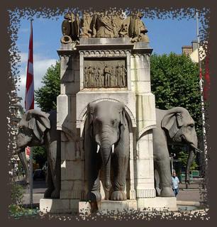 4 éléphants